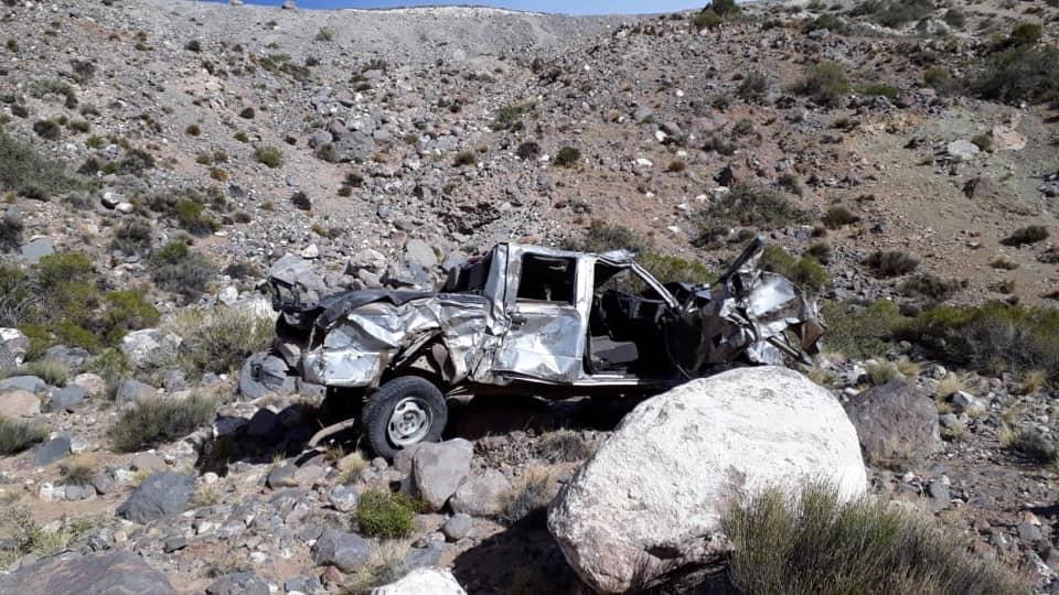 El viento tiró al precipicio una camioneta cerca de Las Leñas