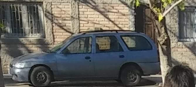 Asaltaron al sereno de un colegio en construcción y le robaron hasta el auto