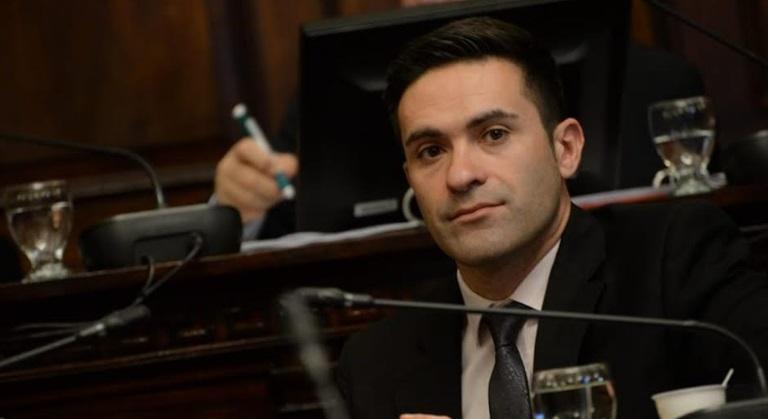 Fuerte crítica del senador Recche a la postura del kirchnerismo de suspender la obra Portezuelo del Viento