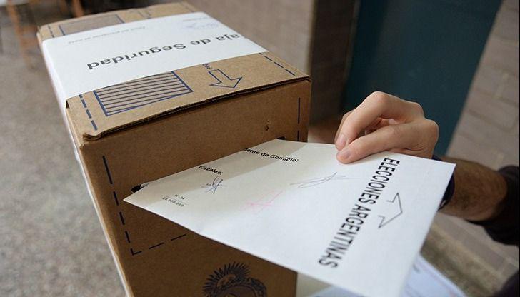 Sorpresa en San Rafael: El FCM revirtió 15 puntos de diferencia y se cuenta voto a voto