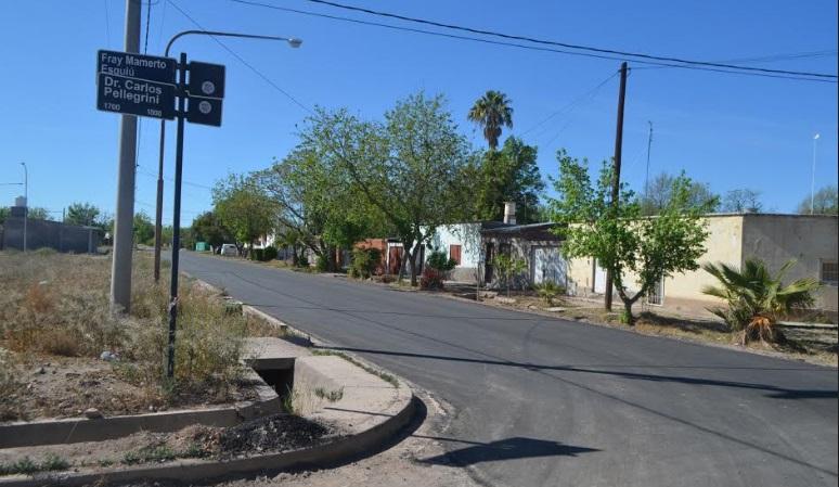 El municipio asfaltó la Isla y los barrios Santa Elena y Gral. Paz