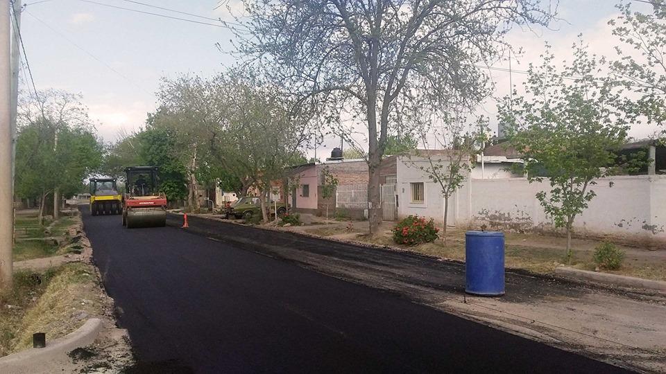 Asfalto para los barrios Gral. Paz y Santa Elena