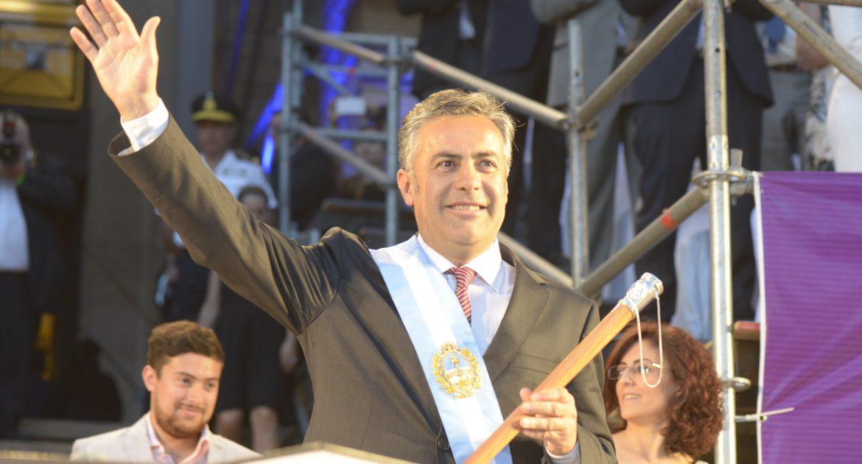 Cornejo redujo en casi 10 mil empleados la planta del gobierno provincial