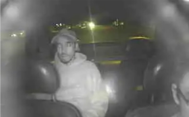Este es chorro que asaltó y le pegó un ladrillazo al taxista del 8-088