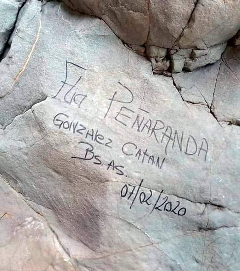 Apareció el graffitero de González Catán y pagará por el daño